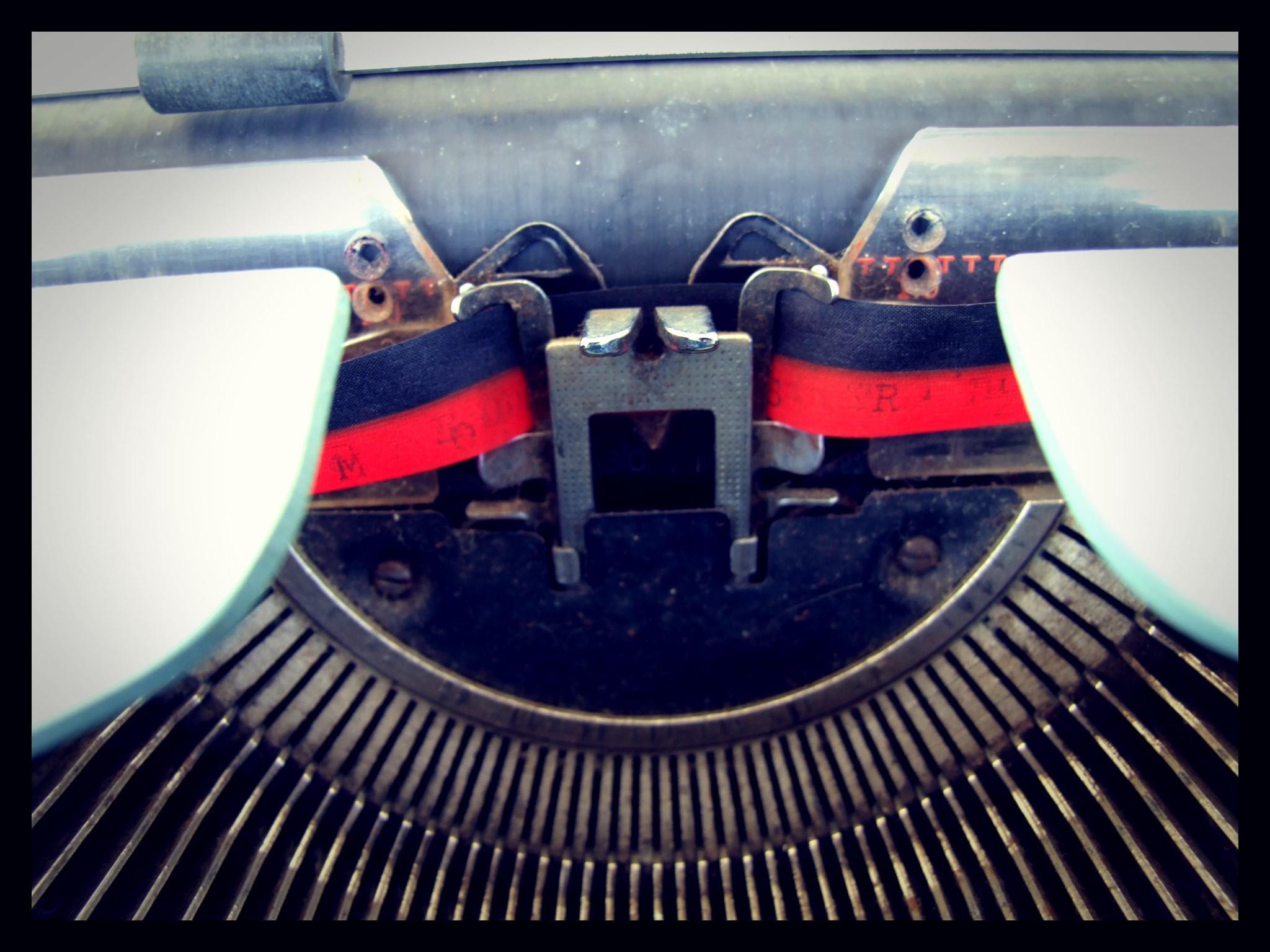 surprisinglives.net/typewriter/